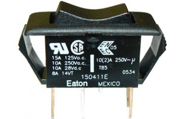 Double Pole 3 Way Switch 10A